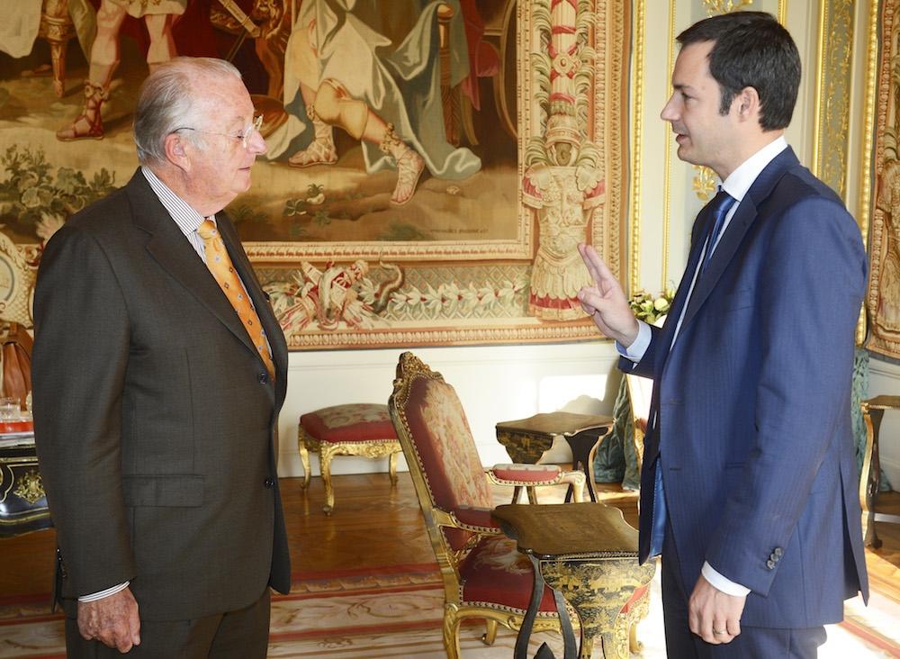 Eidesleistung vor König Albert II., 20 November 2012