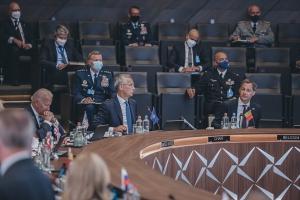 NATO-Gipfel: Begrüßung durch Premierminister